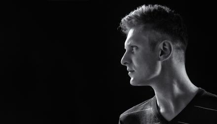 portrétní fotografie v umělém světle